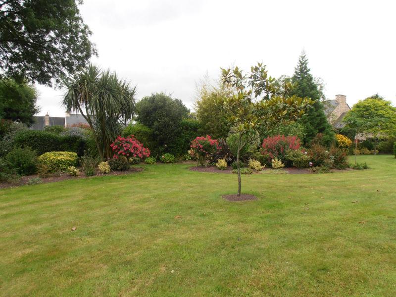 Entretien de jardins eurl roulliaux jardins plouer sur rance for Entretien de jardins