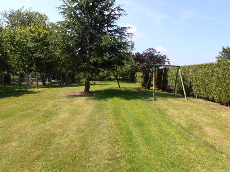 Entretien de jardin eric paysage plouer sur rance for Entretien jardin quesnoy sur deule
