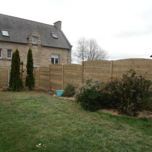 Cloture bois poteau bois et beton ep
